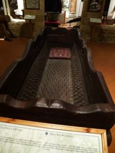 Folterwiege im Foltermuseum in Volterra (Italien)