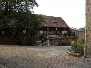 Leuchtenburg - Burgschänke (Quelle: Wikipedia)