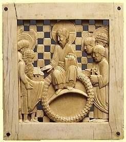 Otto I. übergibt den Dom an Christus. Maiestas Domini. Stifterbild aus der Gruppe der Magdeburger Elfenbeinplatten. (Quelle: Wikimedia)