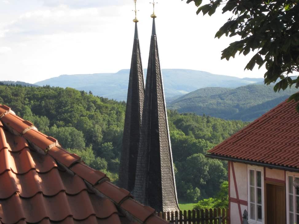Aussicht von der Burg Hanstein bis zum Hohen Meißner