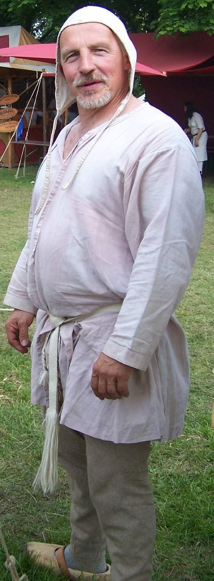 männliche Darstellung mit Unterwäsche