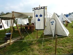 Beispiel für ein mittelalterliches Lager auf einem Markt aufgenommen auf dem Ritterfest in Gangelt 2014 Quelle: eigene Aufnahme (Landrichterin)