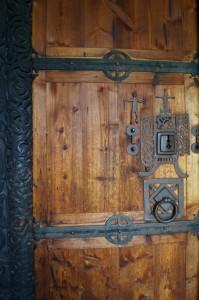 Stabkirche Hedalen - Eingangstür aus dem Mittelalter Quelle: eigene Aufnahme