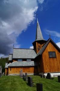 Stabkirche Hedalen - Ansicht von der Sonnenseite Quelle: eigene Aufnahme